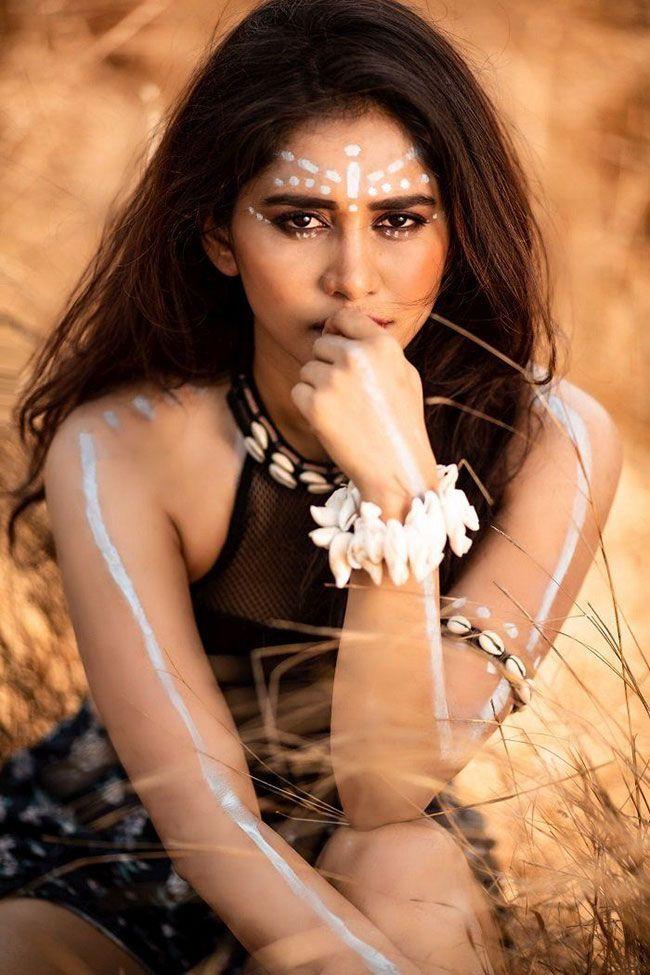 Actress Nabha Natesh Latest Pics