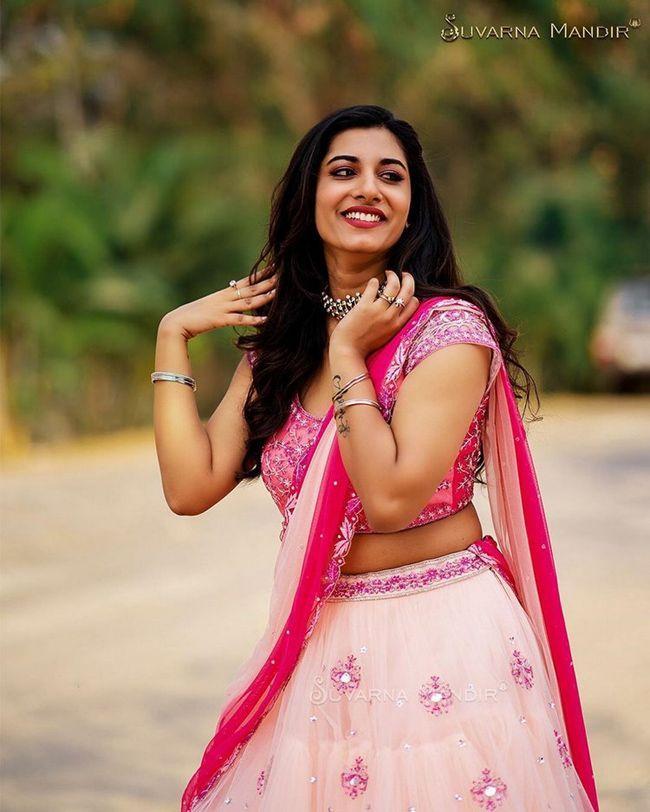 Vishu Priya Traditional Looks