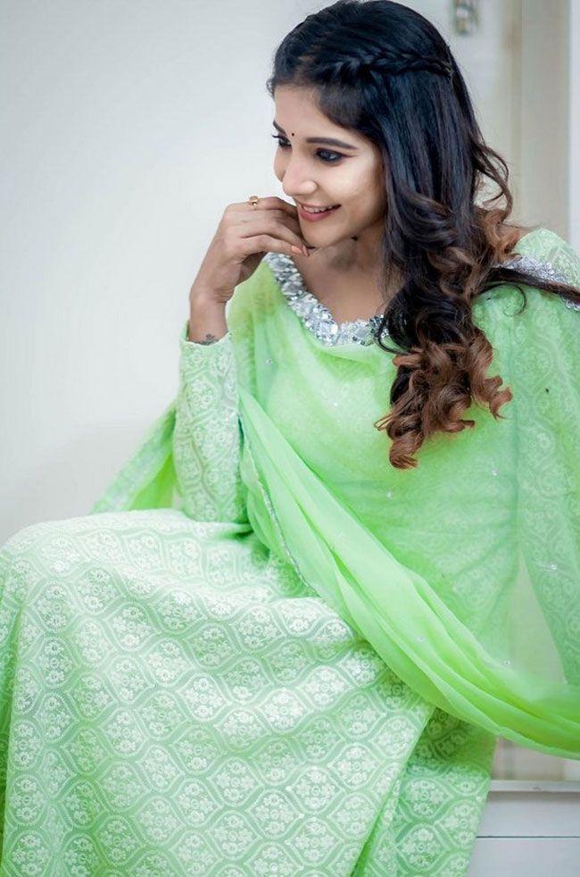 Sakshi Agarwal New Hd Clicks