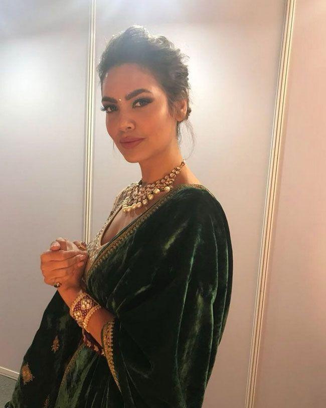 Esha Gupta New Hd Clicks