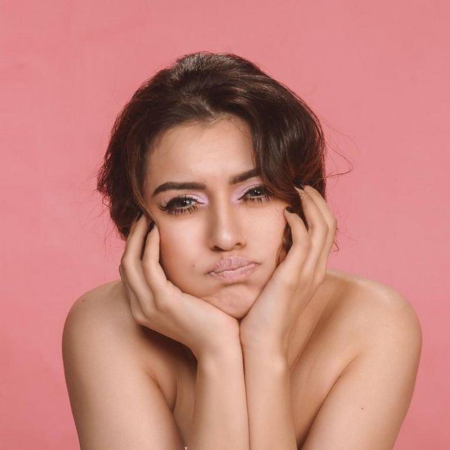Hansika Motwani Gorgeous Poses