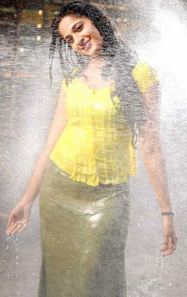 Anushka Shetty Gallery Pics
