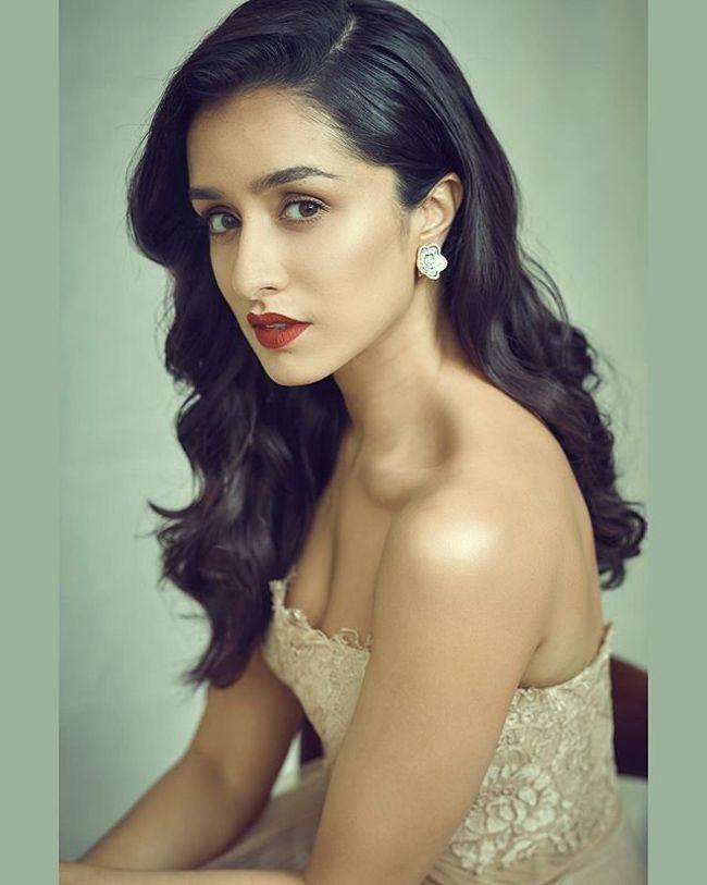 Shraddha Kapoor Looking Gorgeous