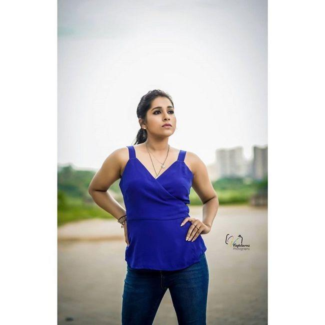 Rashmi Gautam Looking Beautiful