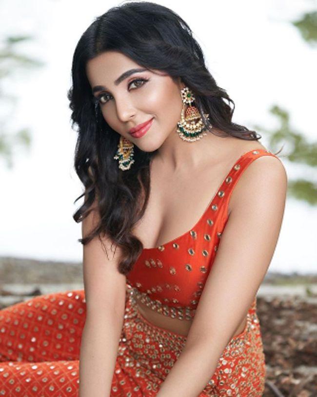 Parvati Nair Gorgeous Stills