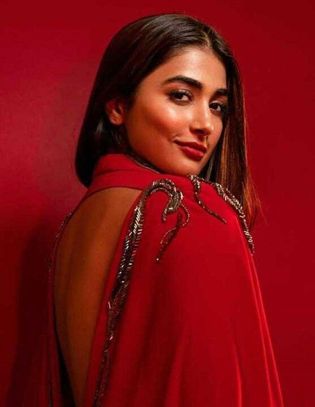 Pooja Hegde Gallery Pictures