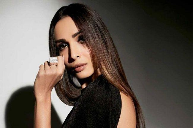 New Stylish Pics Of Malaika Arora