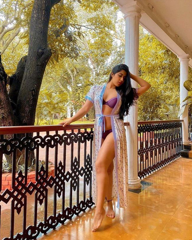 Nikita Sharma Stunning Pictures