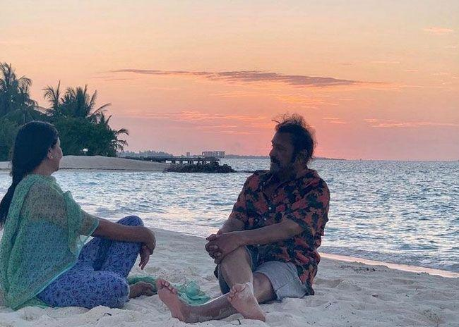 Mohan Babu Took Casual Photos With his Family on the beach