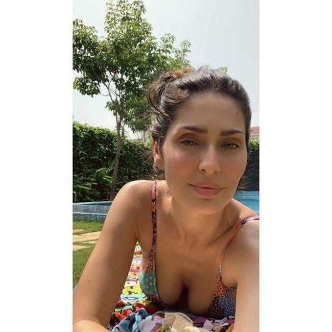 Bruna Abdullah Adorable Pics