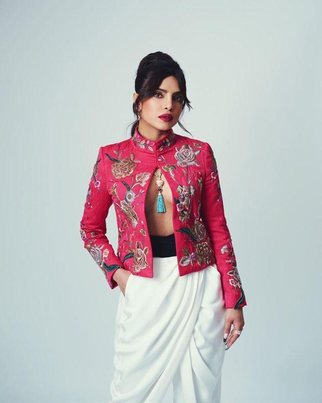 Priyanka Chopra Instagram Clicks