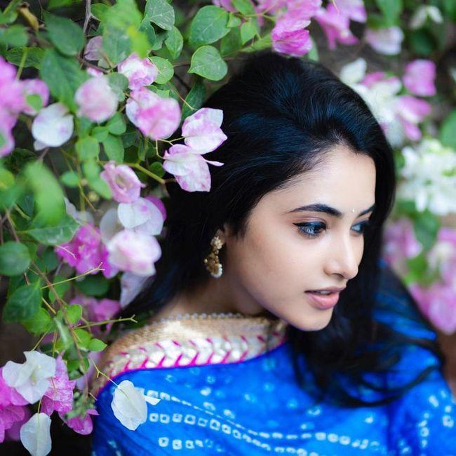 Priyanka Arul Mohan Adorable Stills