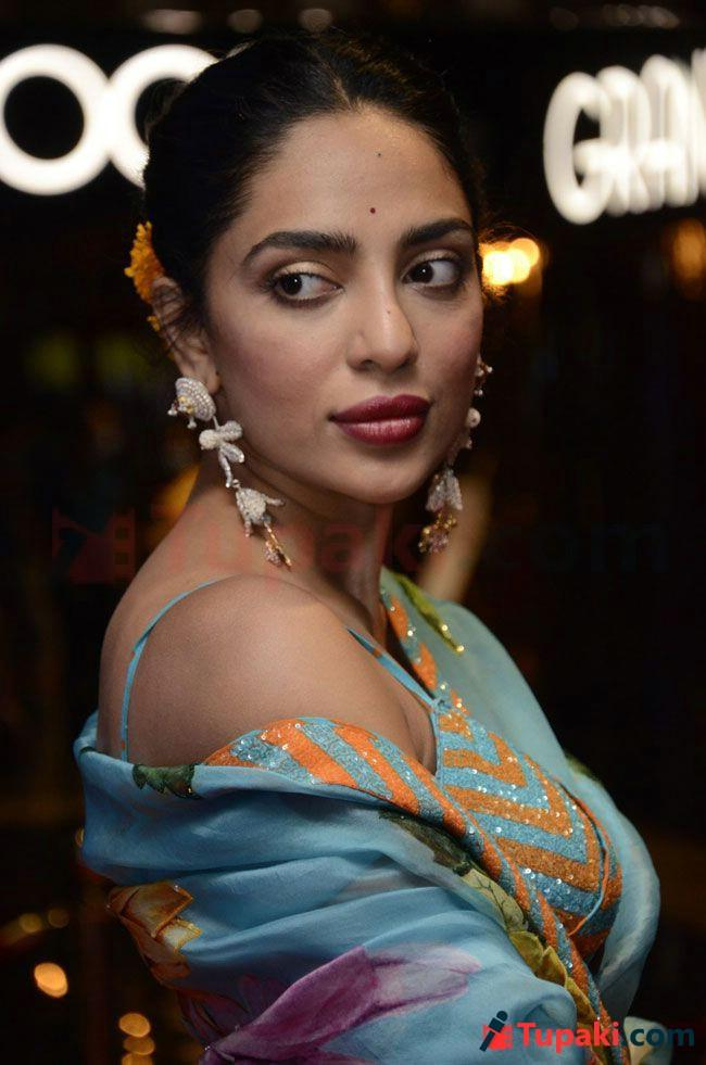 Sobhita Dhulipala Latest Photoshoot pics