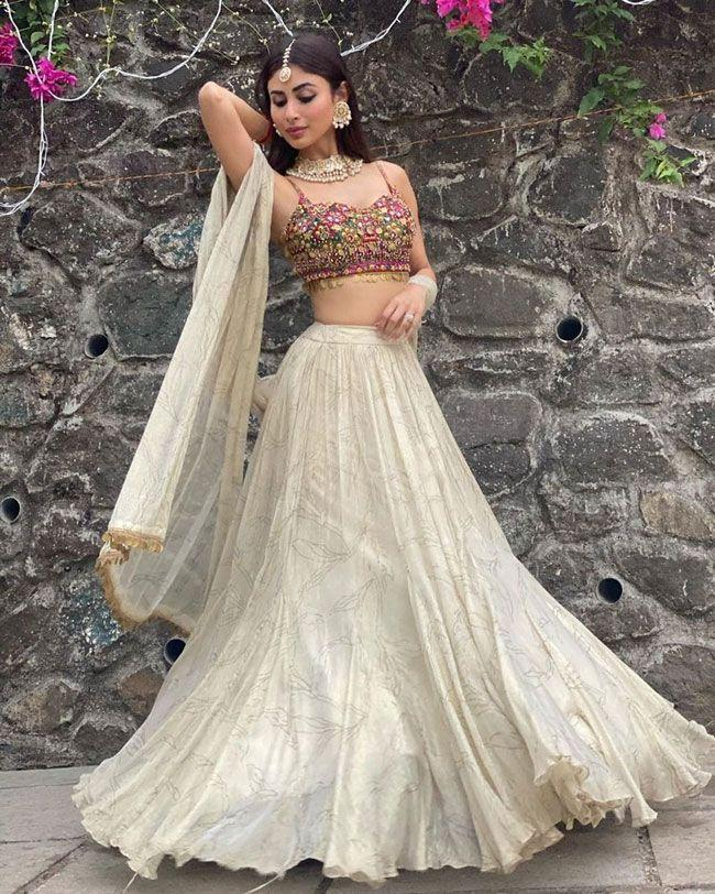 Mouni Roy latest Gallery
