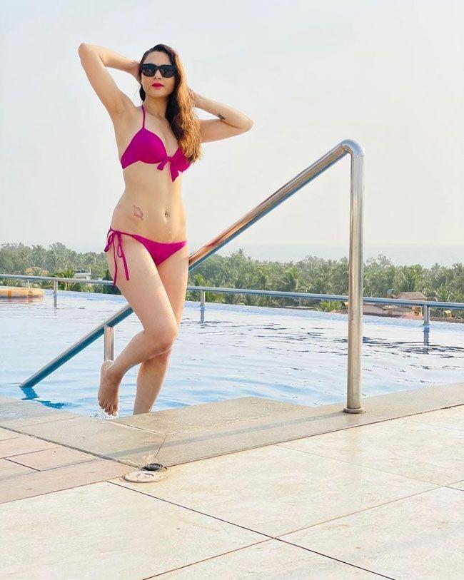 Sezal Sharma Stunning People With Her Trendy Looks