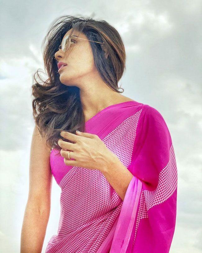 Vithika Sheru Gallery Images