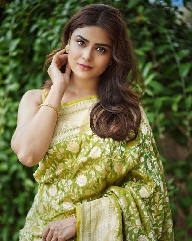 Priyanka Sharma Astonishing Clicks