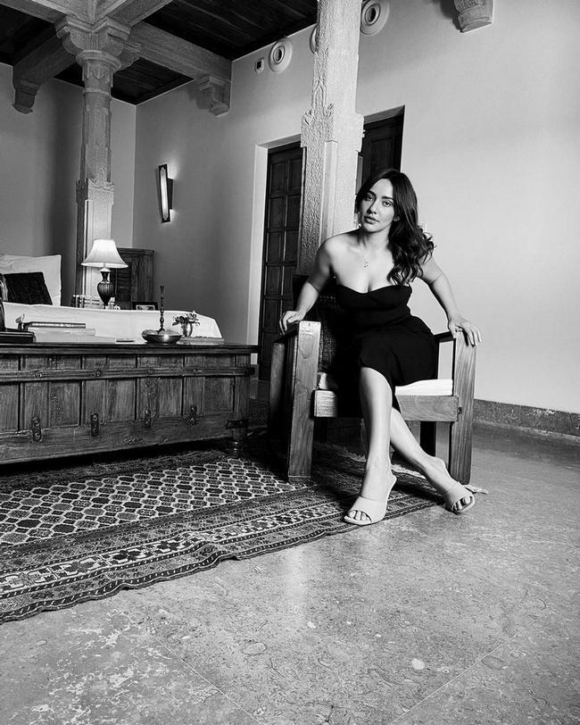 Neha Sharma looks Stunning in Black  Dress