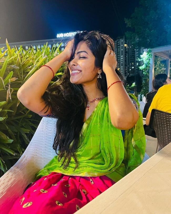 Divi Vadthya is Looking Beautiful Her New Images