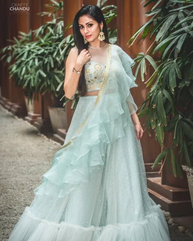 Actress Sadaa Glamorous Pics