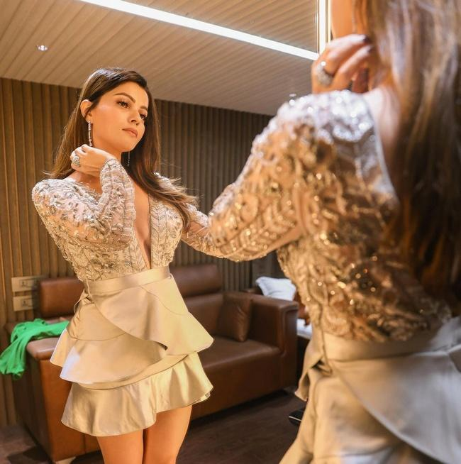 Stunning Rubina Dilaik is Sensuous Clicks