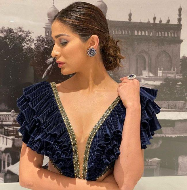 Raai Laxmi Exquisite Looks