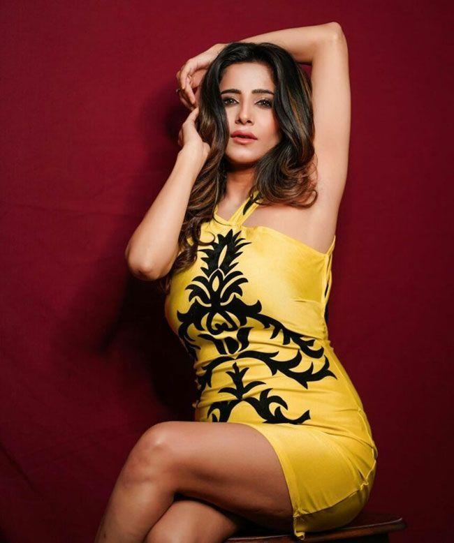 Kate Sharma Fascinating Pictures