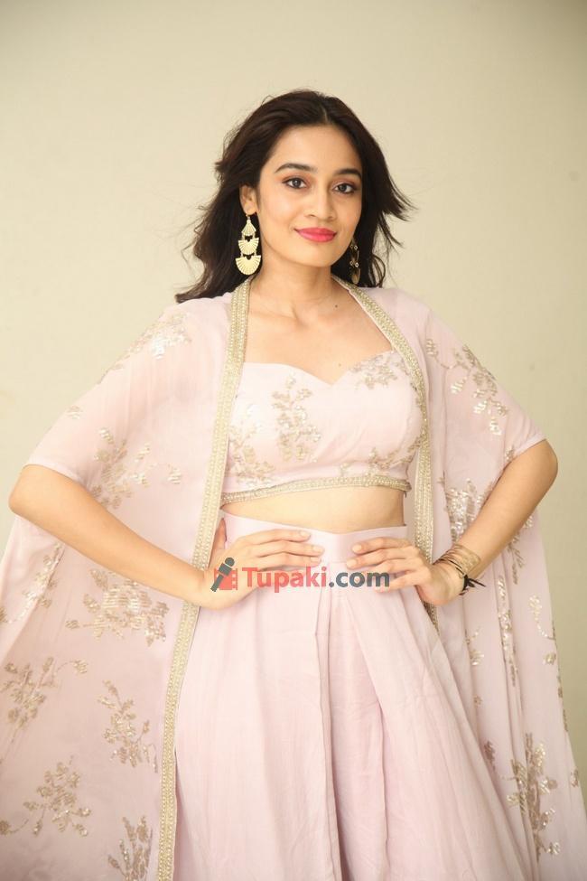 Saathvika Raj at Neetho movie teaser launch