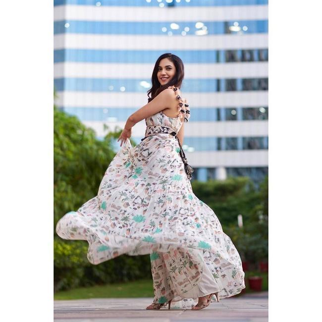 Actress Ritu Varma Amazing Looks in Her New Photos