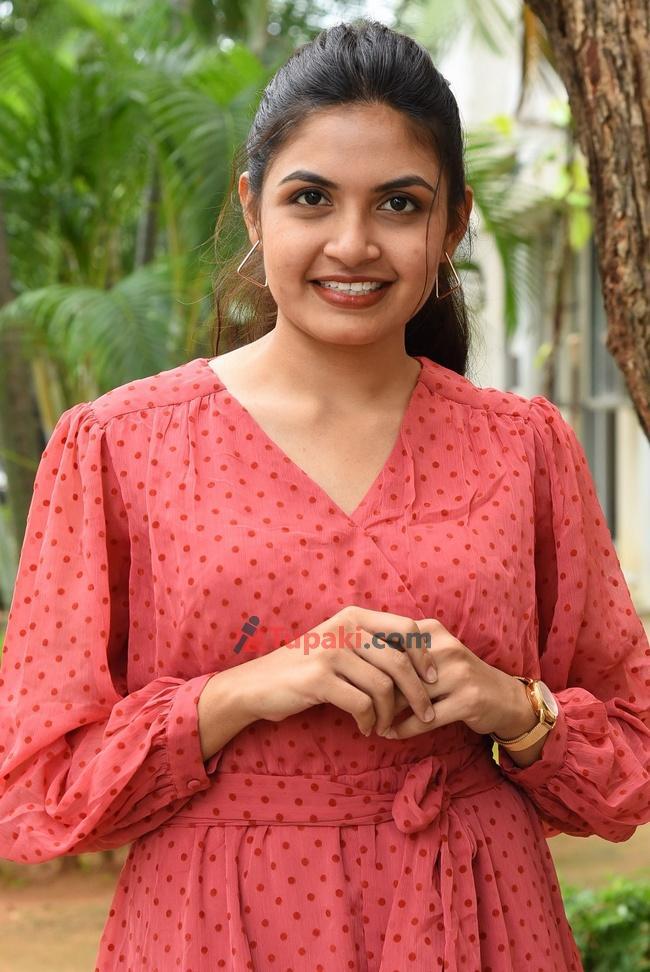 Sravani Setty at Tamasoma Jyotirgamaya Movie Press meet