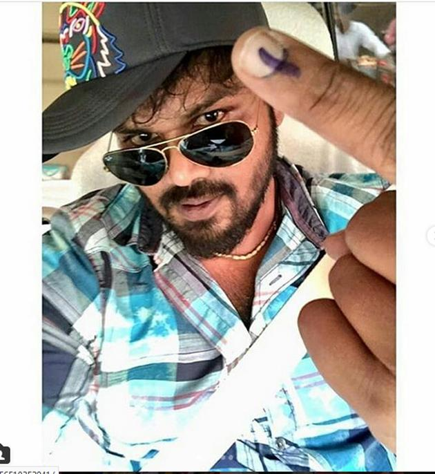 Celebs Cast Their Vote In TElangana Elections Photos
