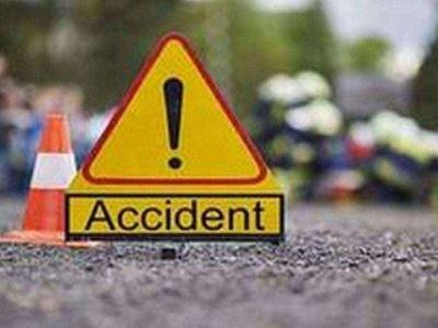 पाकिस्तान में सड़क हादसा, चार की मौत, 11 घायल