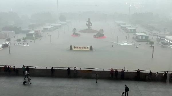 चीन में बारिश से 73 की मौत