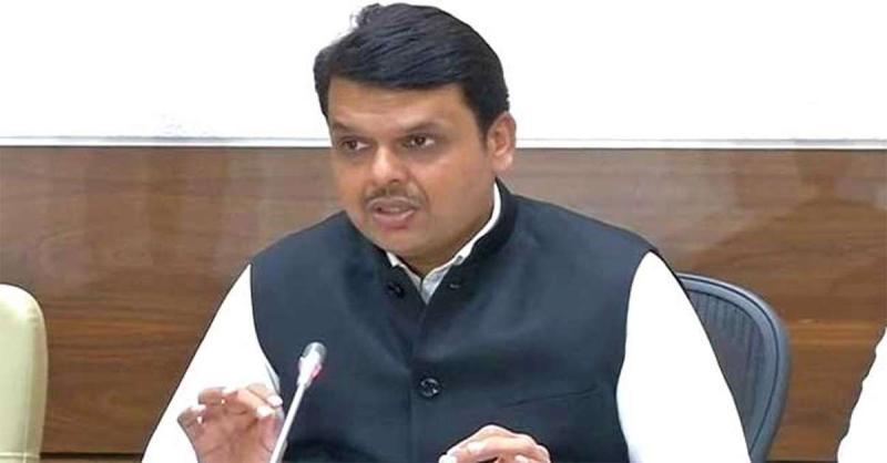 CM फड़णवीस बोले- PMC बैंक जमाकर्ताओं की मदद के लिए केंद्र से मदद लेंगे