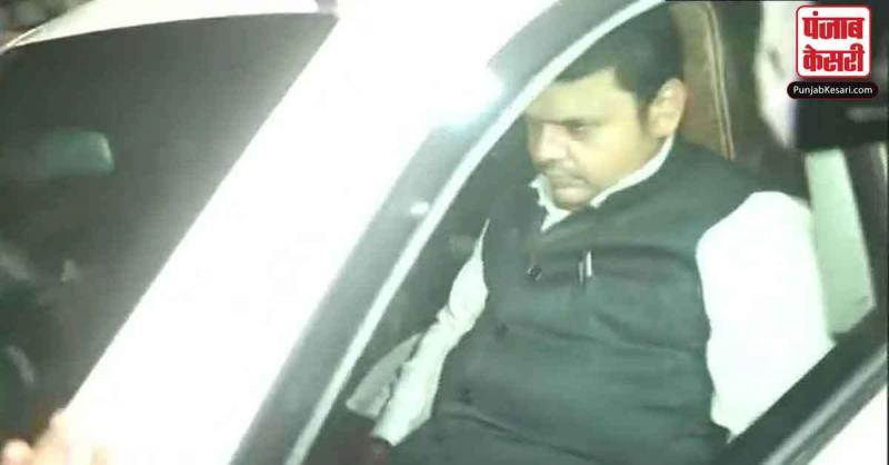 महाराष्ट्र में सरकार बनाने पर गतिरोध के बीच मुख्यमंत्री फड़णवीस ने मोहन भागवत से मुलाकात की