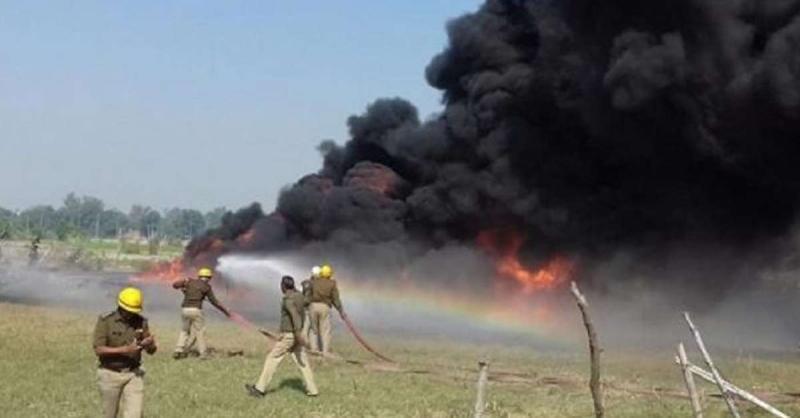 किसानों ने लाठीचार्ज से नाराज होकर लगायी यूपीसीडा के गोदाम में आग, विपक्ष ने सरकार को घेरा