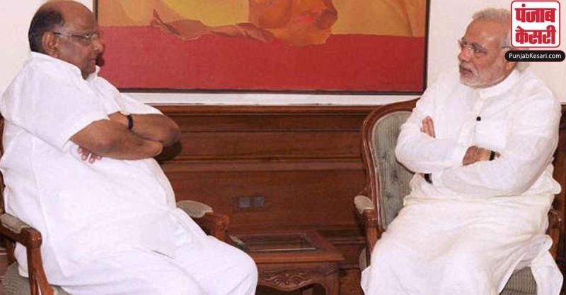 महाराष्ट्र में जारी सियासी घमासान के बीच NCP प्रमुख शरद पवार ने PM मोदी से की मुलाकात