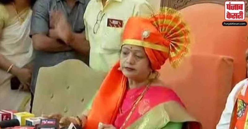 मुंबई में शिवसेना ने मारी बाजी, किशोरी पेडनेकर बीएमसी की नई मेयर चुनीं गईं