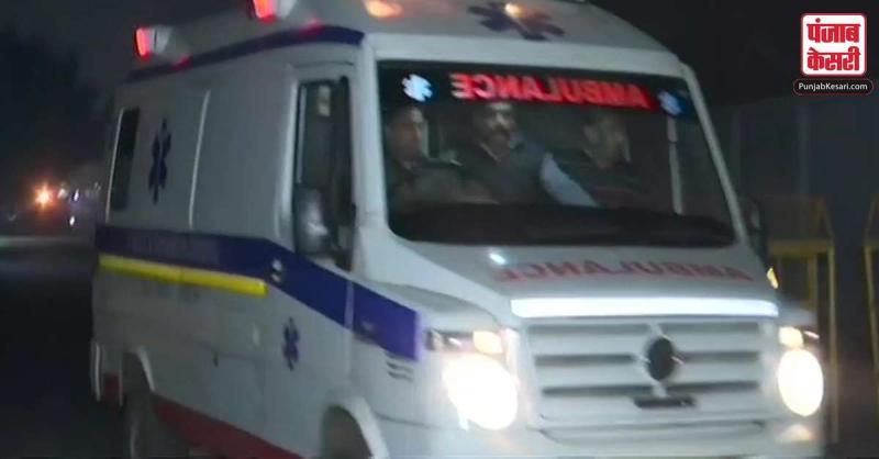 उन्नाव बलात्कार पीड़िता दिल्ली हवाई अड्डे पहुंची, पुलिस ने अस्पताल तक बनाया ग्रीन कॉरीडोर