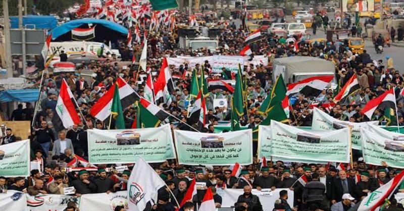 इराक: हमले में 23 प्रदर्शनकारियों की मौत, विरोध प्रदर्शन जारी