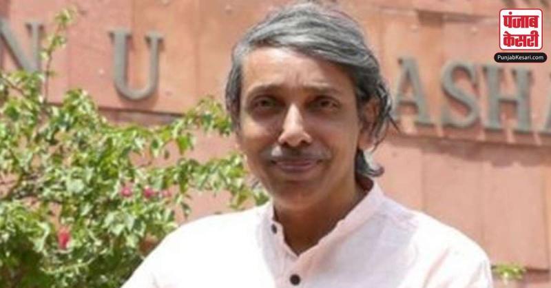 कुलपति के इस्तीफे पर अड़े JNU छात्रसंघ