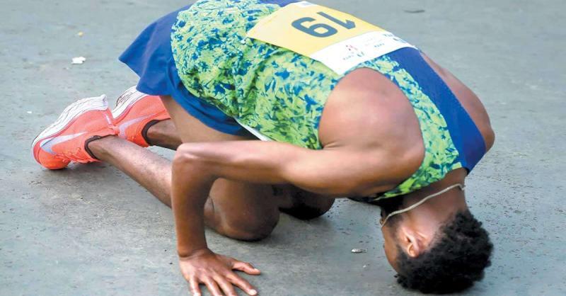 हुरिसा ने कोर्स रिकाॅर्ड के साथ जीता मुंबई मैराथन