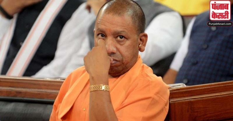 CM योगी पर विपक्ष का वार, कहा-असहमति की हर आवाज को देशद्रोह मान रहे हैं मुख्यमंत्री