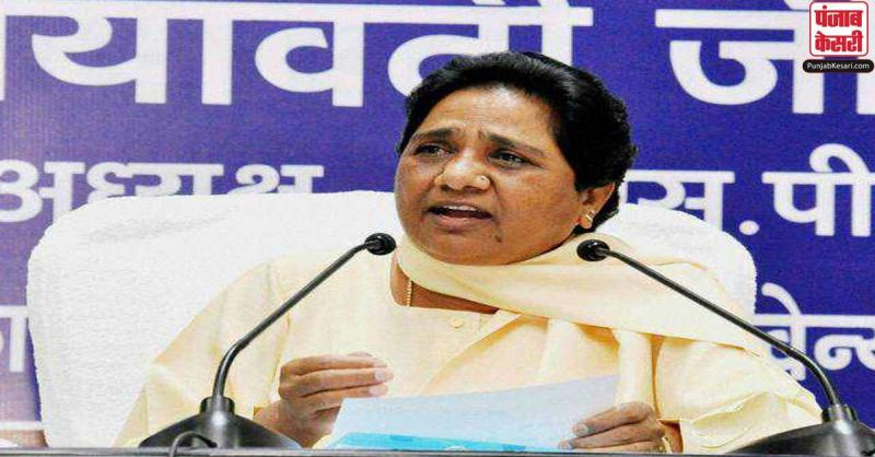 प्रवासी मजदूरों के मुद्दों पर भाजपा और कांग्रेस कर रही है राजनीति : मायावती