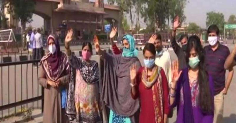 लॉकडाउन के चलते भारत में फंसे 179 पाकिस्तानी नागरिक अपने देश लौटे