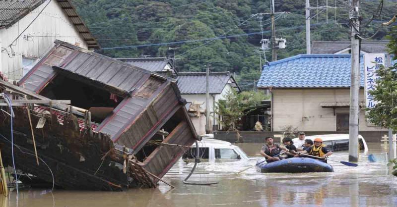 जापान में बाढ़ और जमीन धंसने की घटनाओं में 34 लोगों की हुई मौत, 40,000 से अधिक लोग बचाव कार्य में जुटे