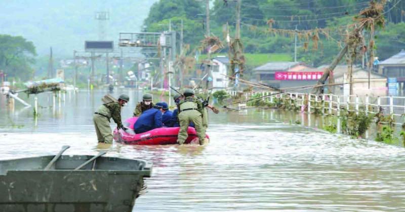 जापान में बाढ़ से मरने वालो की संख्या बढ़कर 50 हुई, दर्जनों लोग हुए लापता