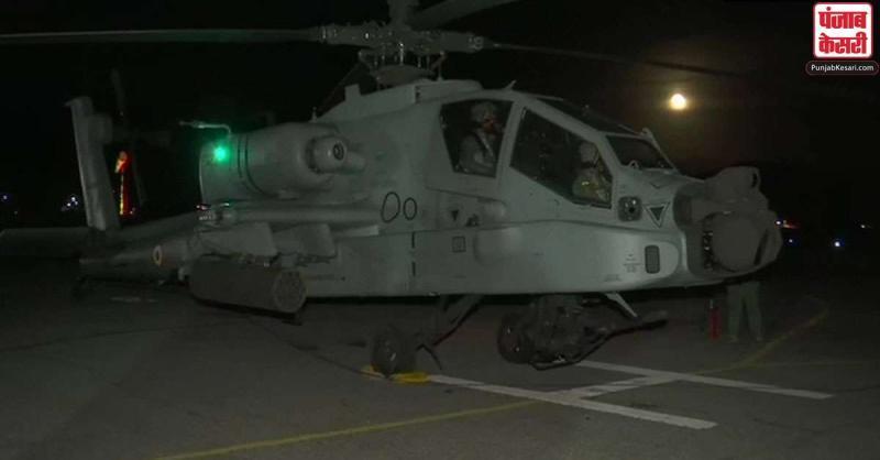 भारत-चीन बॉर्डर पर IAF ने दिखाया अपना दम, चिनूक और अपाचे हेलीकॉप्टर ने रात में भरी उड़ान