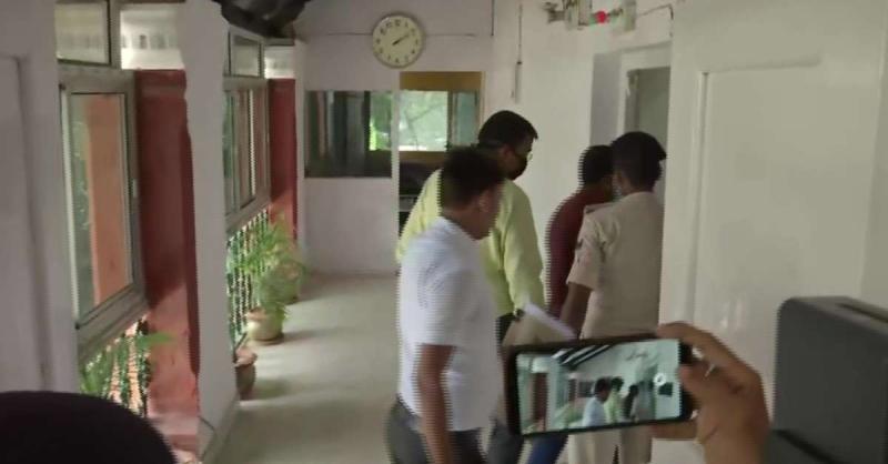 सुशांत सिंह राजपूत मामले की जांच कर रही बिहार पुलिस की 4 सदस्य टीम मुंबई से पटना पहुंची