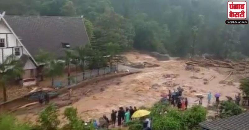 केरल में भारी बारिश के कारण बाढ़ जैसे हालात, इडुक्की में भूस्खलन से 5 लोगों की मौत